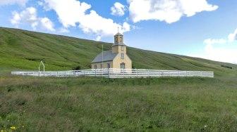 Islande à vélo 2014, église avant l'arrivée sur la piste F35