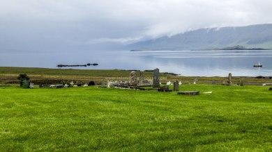 Islande à vélo 2014, cimetière en bord du Hvallfjordur