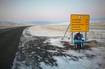En route pour Bordeyri, en Islande à vélo en hiver