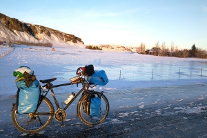 A kirkjabaejarklaustur, en Islande à vélo en hiver