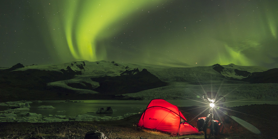 islande-a-velo-aurores-boreales