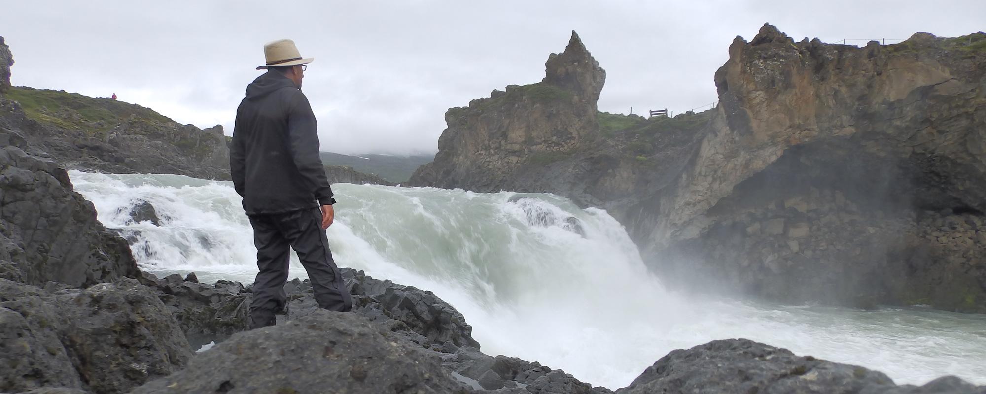 En islande à vélo en 2014, dans le Nord sur la route n°1, chute d'eau Skogafoss