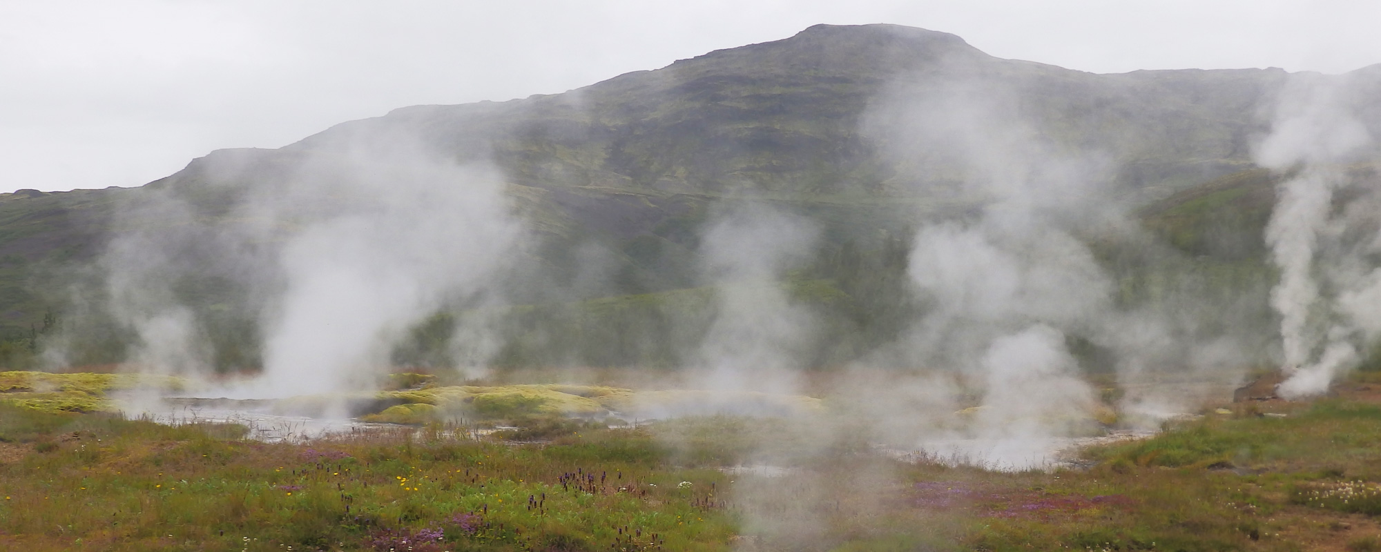 En islande à vélo en 2014, dans le cercle d'or, à Geysir